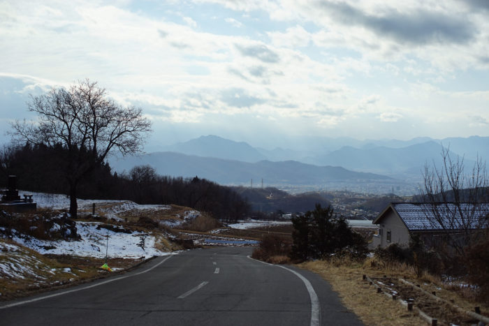 御屋敷近くから望む上田盆地