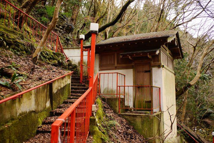 日天寺/お滝全景