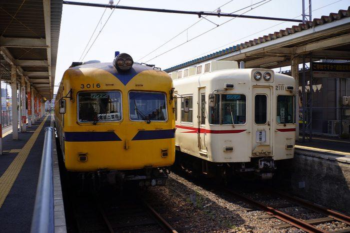 松江しんじ湖温泉駅:3000系と2100系
