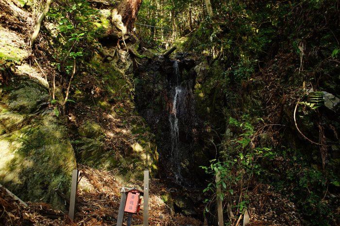如意輪の滝④