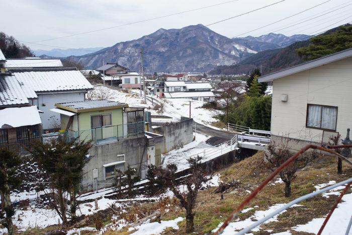 岩井堂川の急斜面